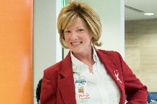 Virginia Palmer credits her faith, family and the team of experts at the UF Health Breast Center for saving her life.