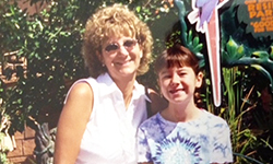 Image: Ellen and Ashley Durand at the Louisville Zoo. This picture was taken the day before Ellen received her cancer diagnosis.