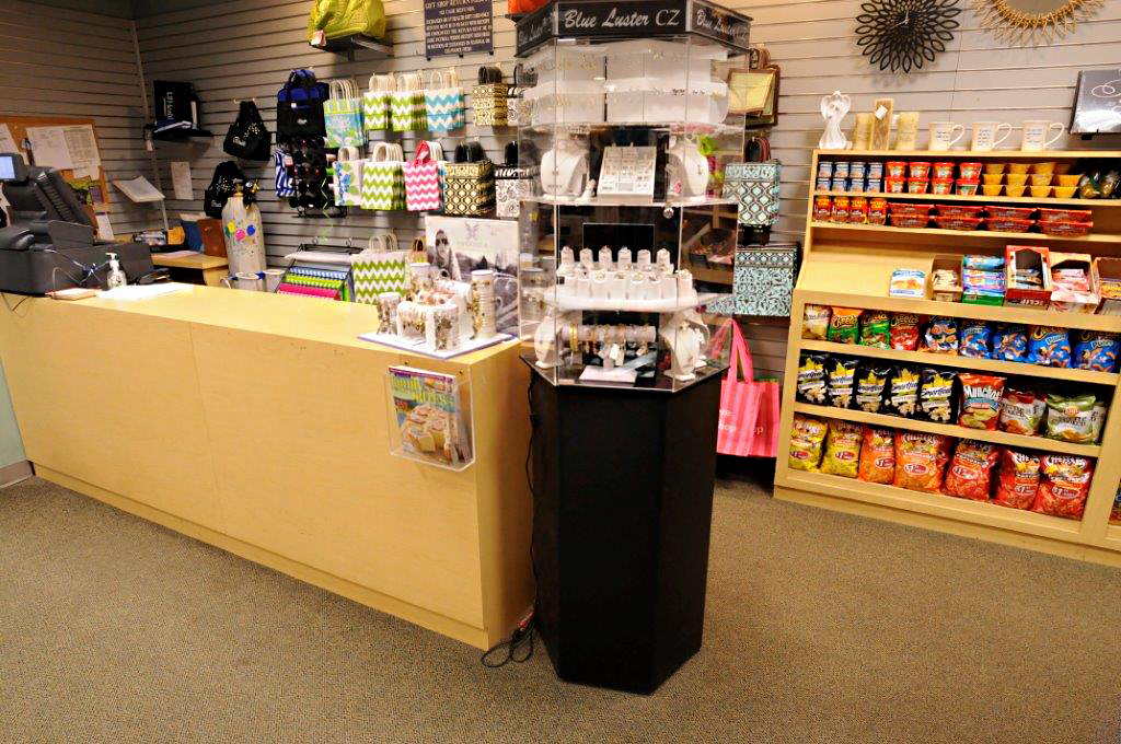 Gift Shops | Patient & Visitor Guide | UF Health Jacksonville ...